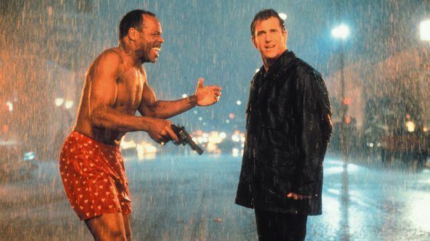 Ein neuer Fall wartet auf Roger Murtaugh (Danny Glover, l.) und Martin Riggs...