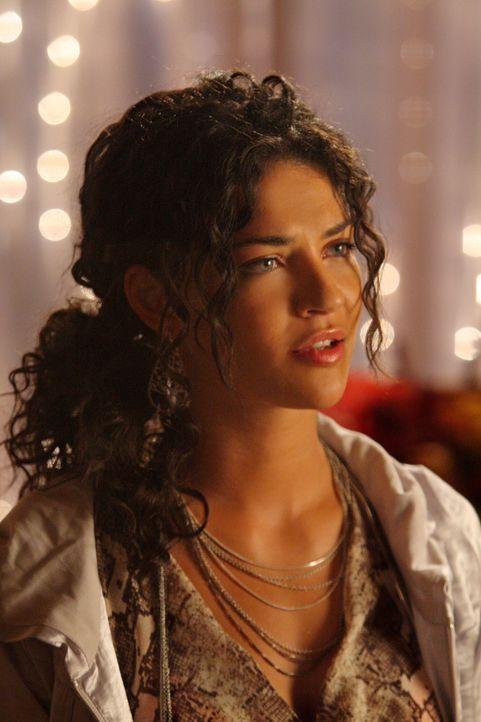 Als sie wieder in der Stadt ist, ist nichts mehr wie vorher: Vanessa (Jessica Szohr) muss schmerzlich erkennen, dass Dan sein Herz an eine andere ve... - Bildquelle: Warner Brothers