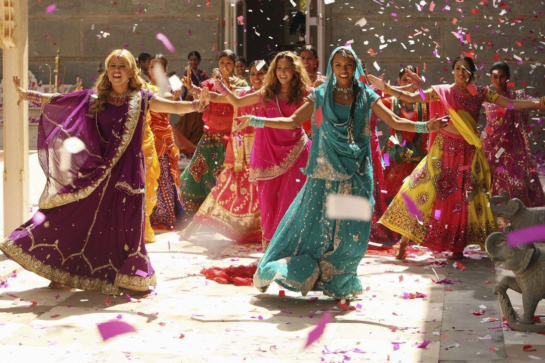 Als Tänzerinnen unschlagbar: die Cheetah Girls (v. l. n. r. Sabrina Bryan, Adrienne Bailon, Kiely Williams). - Bildquelle: Disney - ABC - ESPN Television