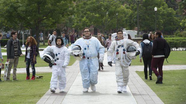 Wird es Happy (Jadyn Wong, l.), Sylvester (Ari Stidham, M.) und Walter (Elyes...