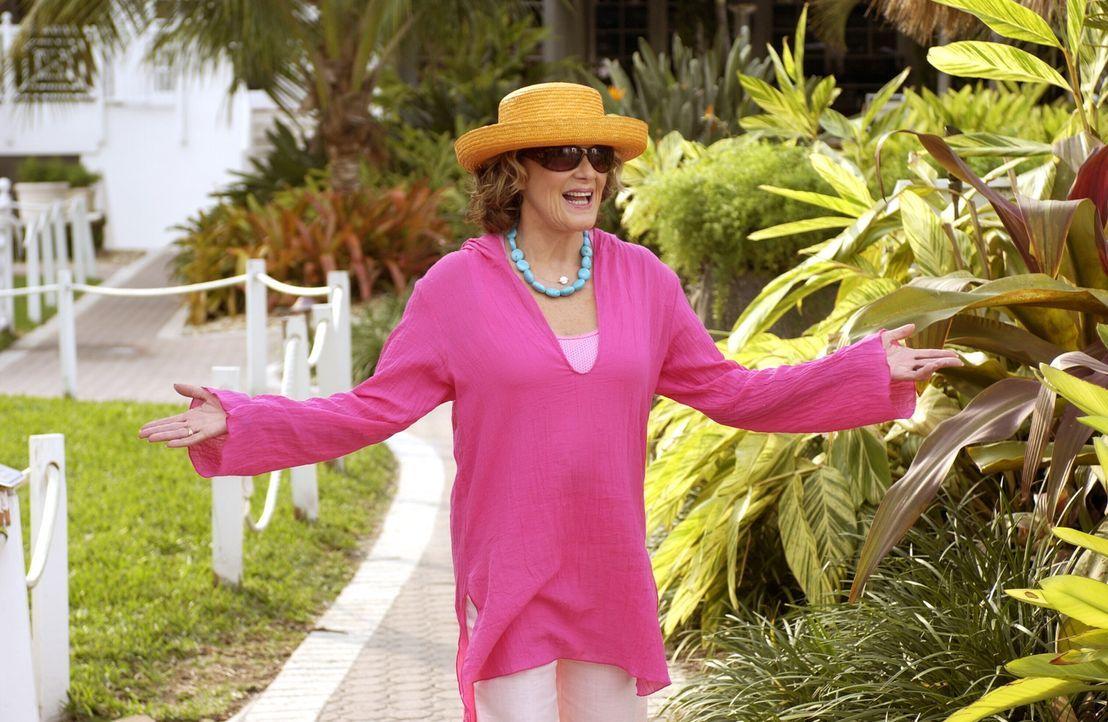 Plant erneut zu heiraten: Sandys Mutter Sophie (Linda Lavin) ... - Bildquelle: Warner Bros. Television