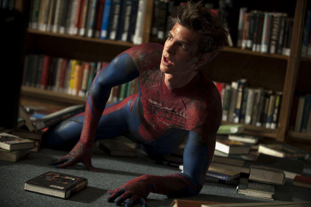 Als Peter (Andrew Garfield) von einer genetisch modifizierten Spinne gebissen wird, entwickelt er über Nacht die Fähigkeiten einer Spinne: übernatür... - Bildquelle: Jaimie Trueblood 2012 Columbia Pictures Industries, Inc.  All Rights Reserved.
