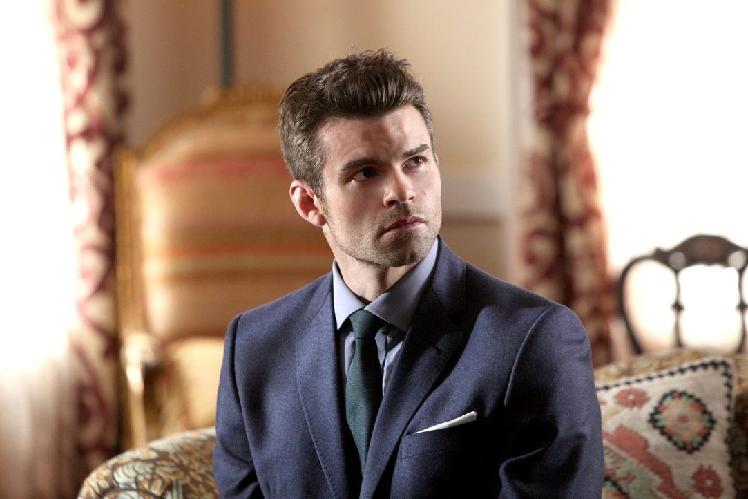 Nach und nach wird auch Elijah (Daniel Gillies) bewusst, dass die Erinnerungen, die seine Mutter wieder hervorgeholt hat, ihn unberechenbar machen ... - Bildquelle: Warner Bros. Television