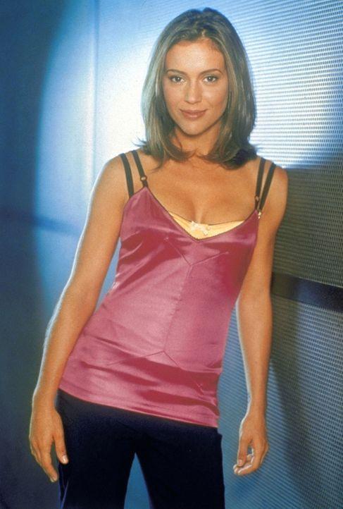 (3. Staffel) - Phoebe (Alyssa Milano) trägt mit ihrer einzigartigen Fähigkeit zum Erfolg des Hexen-Trios bei. - Bildquelle: Paramount Pictures