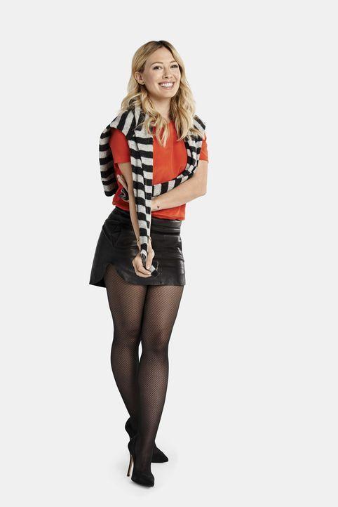 (1. Staffel) - Die aufgeweckte Redakteurin Kelsey Peters (Hilary Duff) hilft der neuen Assistentin ihrer Chefin, sich in ihrem neuen Job zurechtzufi... - Bildquelle: Hudson Street Productions Inc 2015