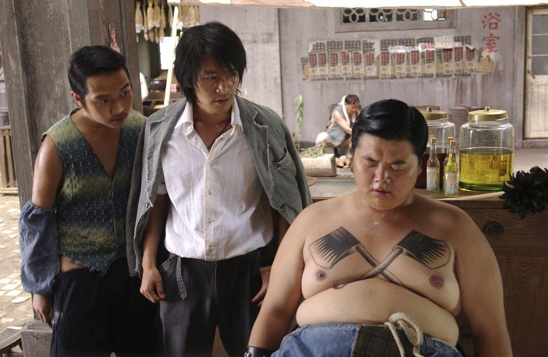 """Die Stadt wird von Banden beherrscht. Der einzige Ort, der vor den Gangstern Zuflucht bietet, ist die Siedlung """"Residenz Schweinestall"""". Dies änder... - Bildquelle: 2004 Columbia Pictures Film Production Asia Limited. All Rights Reserved."""