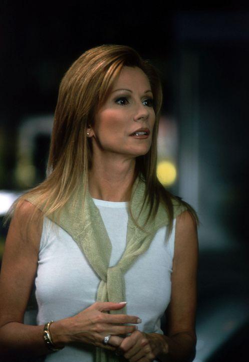 Deidre Adams (Kathie Lee Gifford) ist so sehr an der Karriere ihrer Tochter interessiert, dass sie alles - wirklich alles - für sie regelt. Doch ei... - Bildquelle: Buena Vista Television