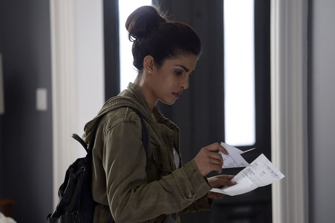 Ist weiter auf der Flucht: Alex (Priyanka Chopra) ... - Bildquelle: 2015 ABC Studios
