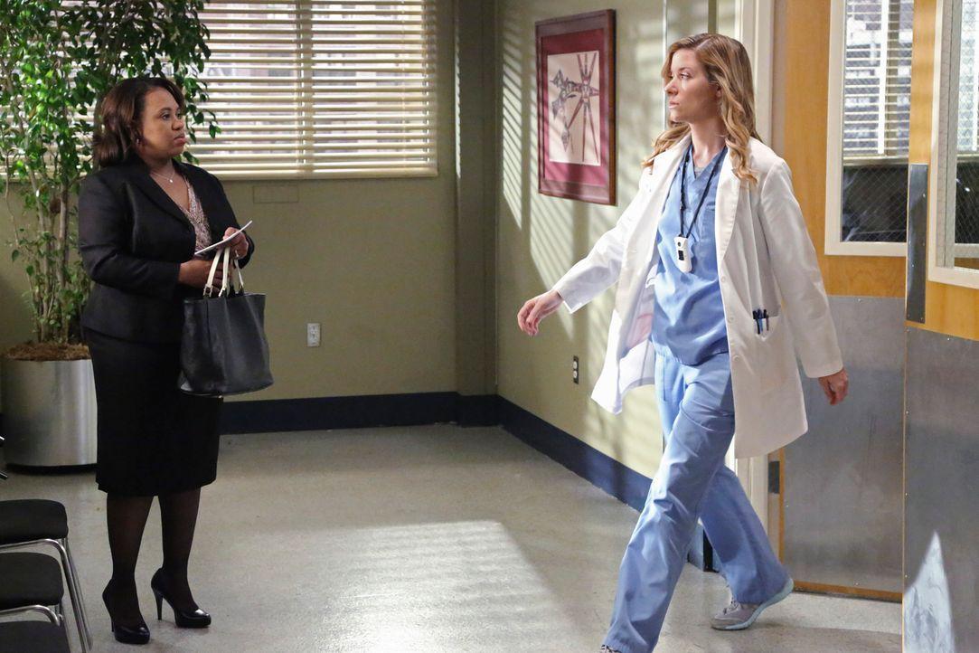 Bailey (Chandra Wilson, l.) wird beschuldigt, eine Infektionskrankheit ins Krankenhaus geschleppt zu haben und Leah (Tessa Ferrer, r.) wurde es verb... - Bildquelle: ABC Studios