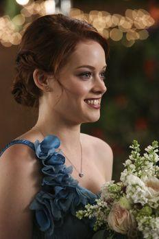 Suburgatory - Tessa (Jane Levy) hilft Malik und Lisa, ihre Hochzeit zu planen...