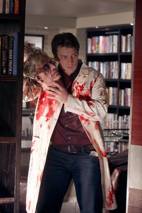 Für einen makaberen Spaß ist der Krimiautor Richard Castle (Nathan Fillion) immer zu haben. - Bildquelle: ABC Studios
