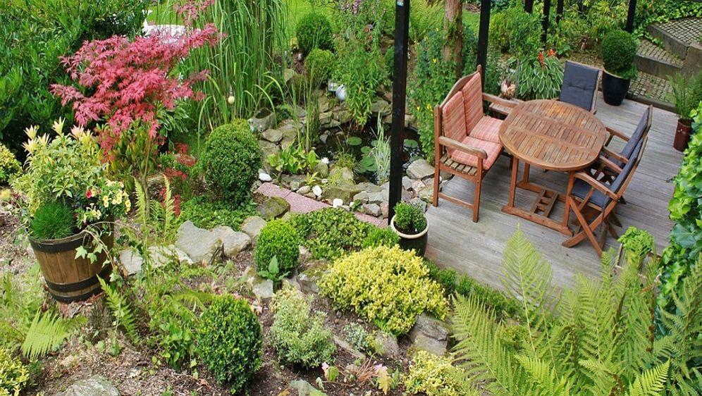 Terrasse aus holz gestalten gemutlichen ausenbereich  Terrasse gestalten: Ideen