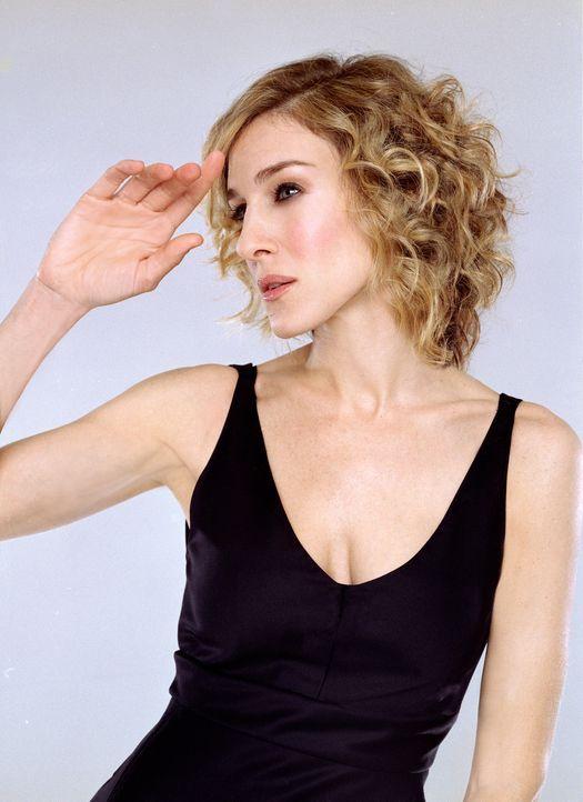 """(6. Staffel) -  """"Was an Natasha gibt mir das Gefühl, ein Sozialfall zu sein? Ist es, dass sie Big hat, moder ist es größer als Big?"""" Carrie (Sarah J... - Bildquelle: Paramount Pictures"""