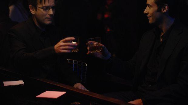 Kann Jonathan McQuarry (Ewan McGregor, l.) dem aalglatten Anwalt Wyatt Bose (...