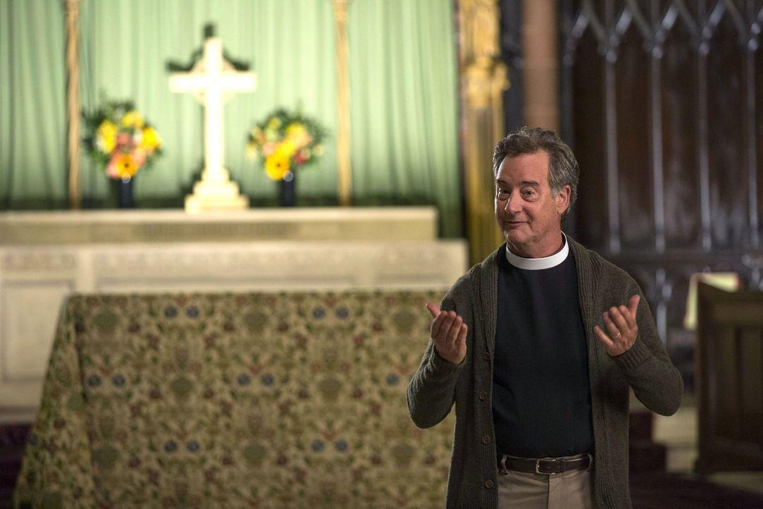 Hat Pastor Bob (John Rothman) etwas mit dem Fall zu tun, in dem Laura und Billy gerade ermitteln? - Bildquelle: Warner Bros. Entertainment, Inc.