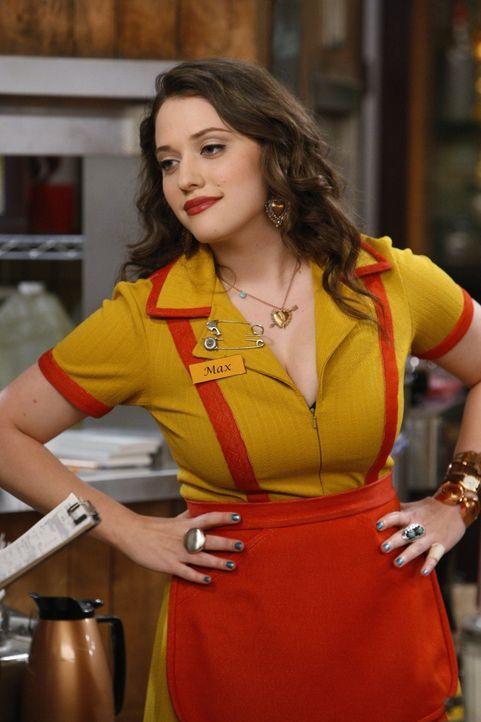 Die toughe Kellnerin Max (Kat Dennings) lässt sich von nichts und niemandem unterkriegen und hat in jeder Lebenssituation einen sarkastischen Spruc... - Bildquelle: Warner Brothers