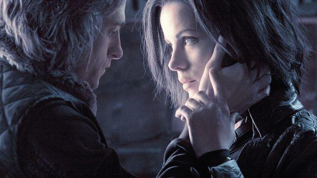 Verliebt sich ausgerechnet in die wunderschöne Werwolfjägerin Selene (Kate Be...
