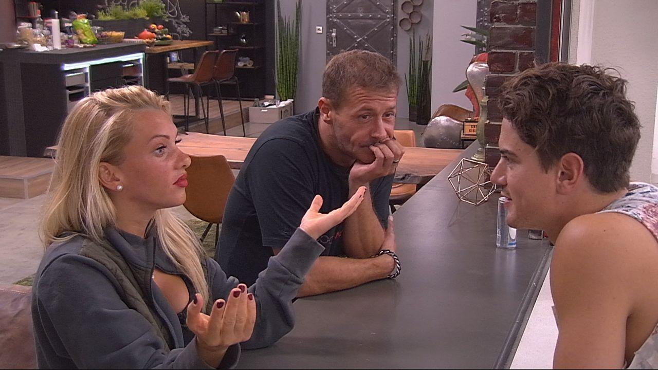 Evelyn und Dominik haben einniges zu besprechen2 - Bildquelle: privat