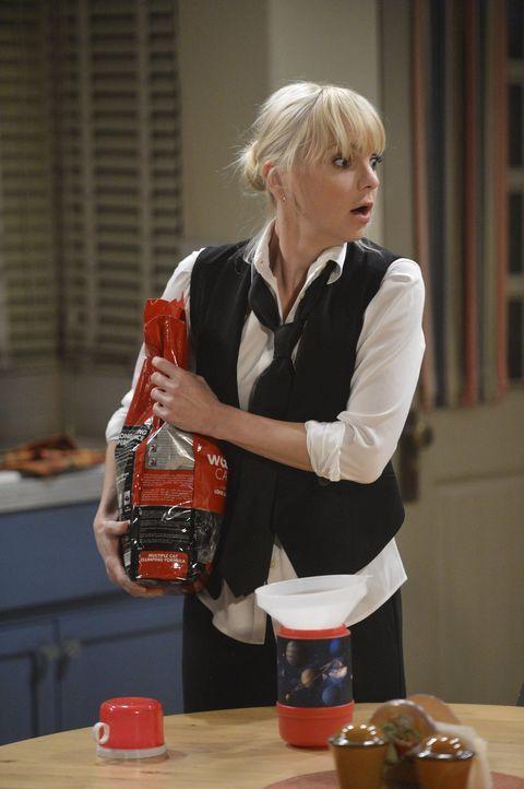Was hat Christys (Anna Faris) Mutter jetzt nur wieder angestellt? - Bildquelle: Warner Bros. Television