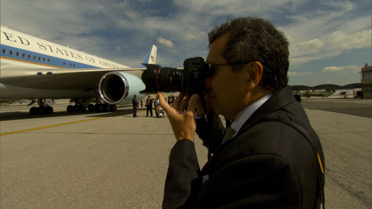 Boarding: Pete Souza fotografiert ... - Bildquelle: Erin Harvey National Geographic Television International