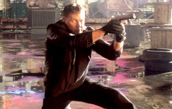 Sniper 3 - Sniper Thomas Beckett (Tom Berenger) soll ausgerechnet seinen alte...