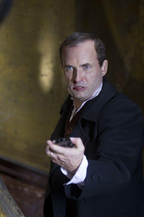 Matt merkt schnell, dass mit Henry (Stephen Hogan) nicht zu spaßen ist ... - Bildquelle: ITV Plc