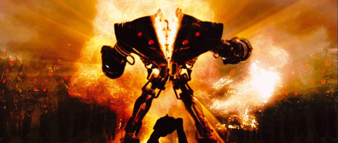 Die Welt der Zukunft: Die Shinzo Ningen, übermenschliche Mutanten, erklären den verbliebenen Menschen den Krieg ... - Bildquelle: 2004 Casshern Film Partners