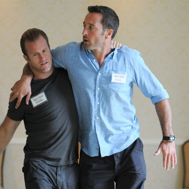 Sollen lernen, ihre persönlichen Konflikte rund um ihre Partnerschaft in den Griff zu bekommen: Steve (Alex O'Loughlin, r.) und Danny (Scott Caan, l... - Bildquelle: Norman Shapiro 2015 CBS Broadcasting, Inc. All Rights Reserved