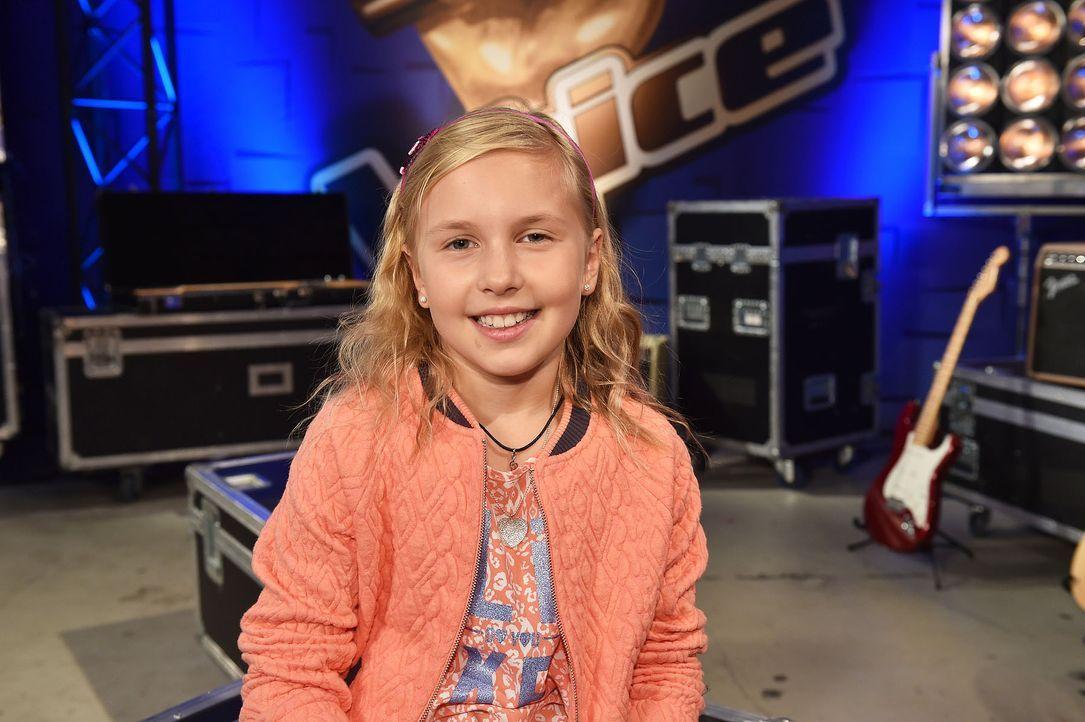 The-Voice-Kids-Emma-01-SAT1-Andre-Kowalski - Bildquelle: SAT.1 / Andre Kowalski