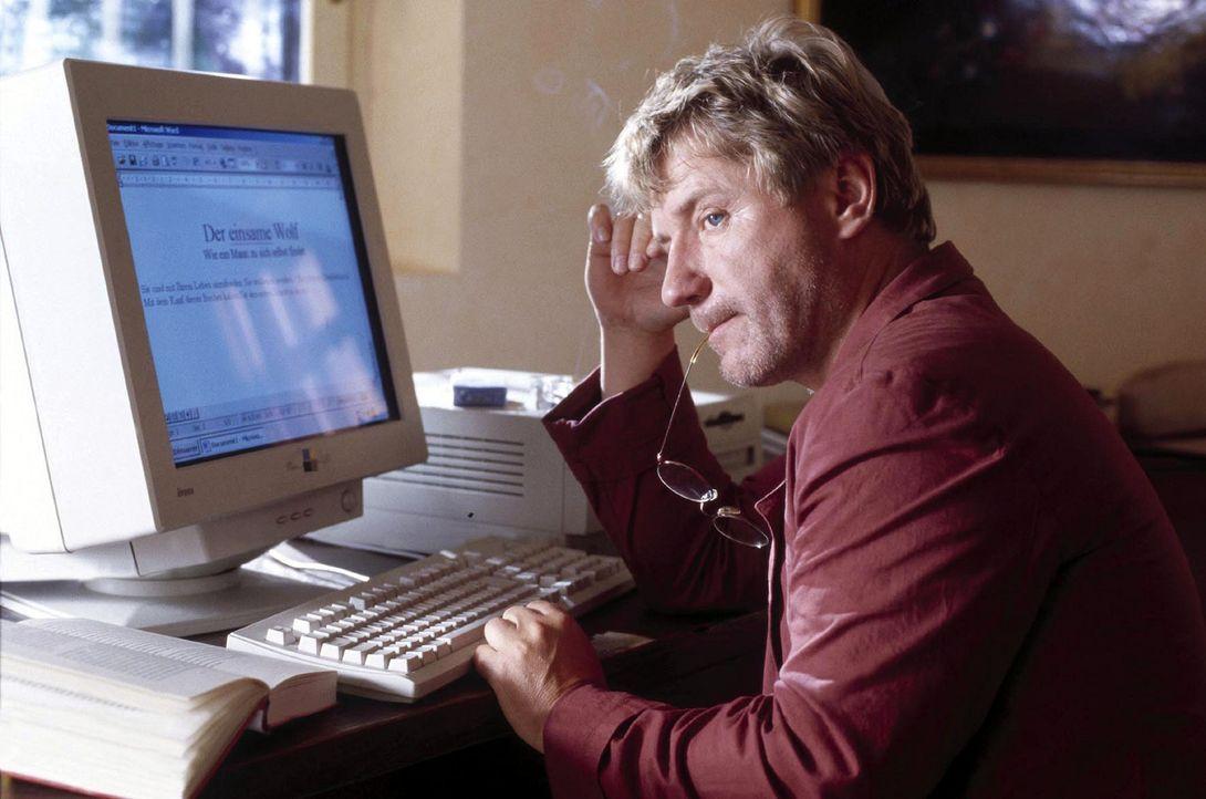 So hat sich Paul Wackernagel (Jörg Schüttauf) seinen Arbeitsurlaub nicht vorgestellt: Statt Ruhe und Besinnung gibt es Stress und Lärm mit einer... - Bildquelle: Jo Bischoff Sat.1