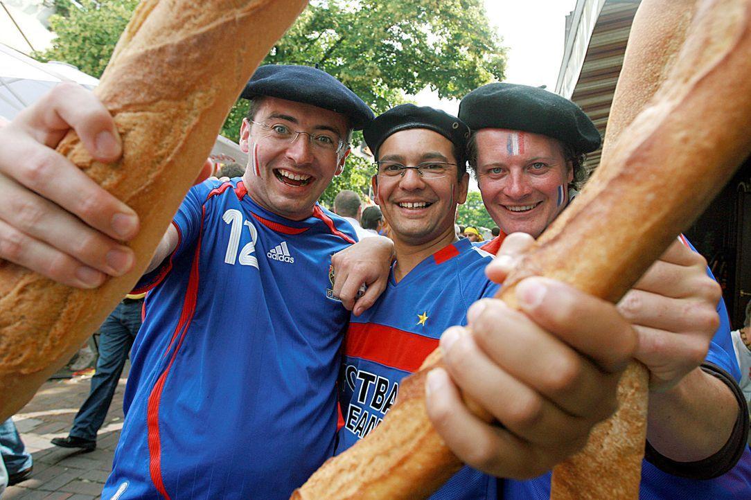 Frankreichs Fußball-Fans 4 - Bildquelle: dpa