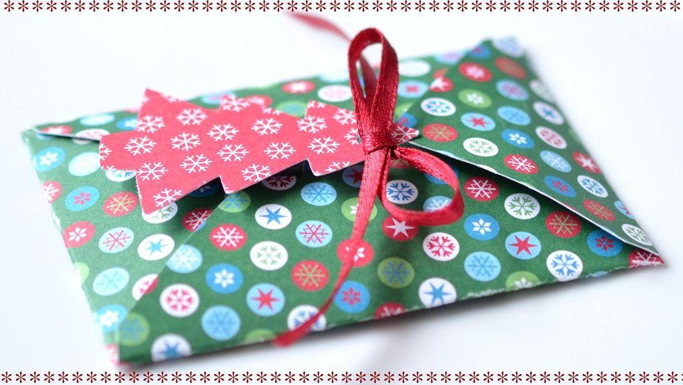 Zur Adventszeit gehören Gedichte - Bildquelle: Pixabay.com