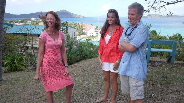 Findet Immobilienmaklerin Kerstin McConnell (l.) für Tiffany (M.) und David (...