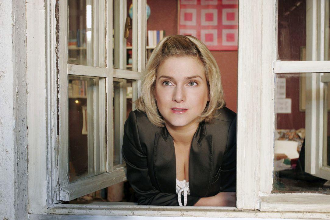 Anna (Jeanette Biedermann) will es schaffen, ihre Schüchternheit zu überwinden ...
