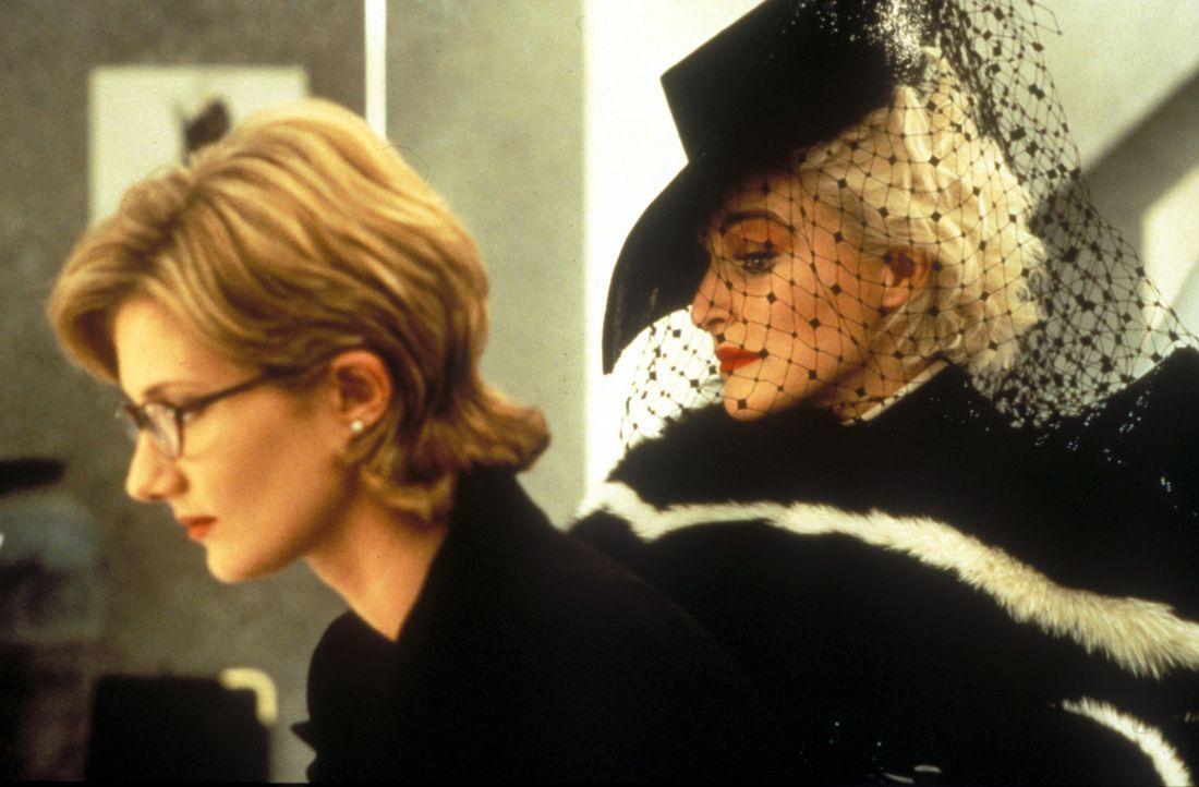 Denkt nicht daran, ihre Dalmatiner-Welpen an die skrupellose Mode-Designerin Cruella DeVil (Glenn Close, r.) zu verkaufen: Anita (Joely Richardson,... - Bildquelle: Buena Vista Pictures