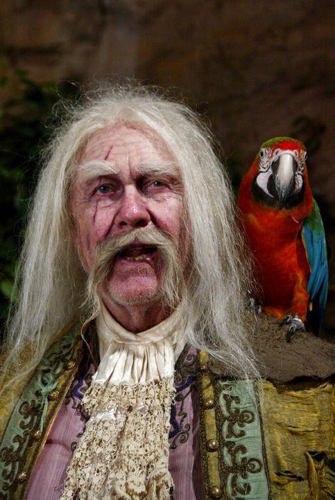 Captain Black Jack Cutting (Harve Presnell) wurde vor dreihundert Jahren von einer Hexe verflucht und versucht jetzt, diesen Fluch wieder loszuwerde... - Bildquelle: Paramount Pictures