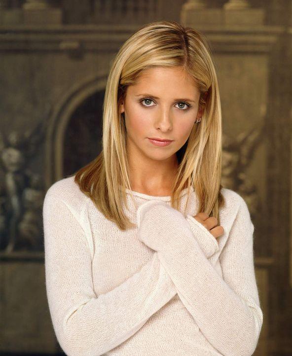 (4. Staffel) - Buffy (Sarah Michelle Gellar), die Vampirjägerin, lässt in ihrem Kampf für das Gute niemals nach. - Bildquelle: Twentieth Century Fox Film Corporation.