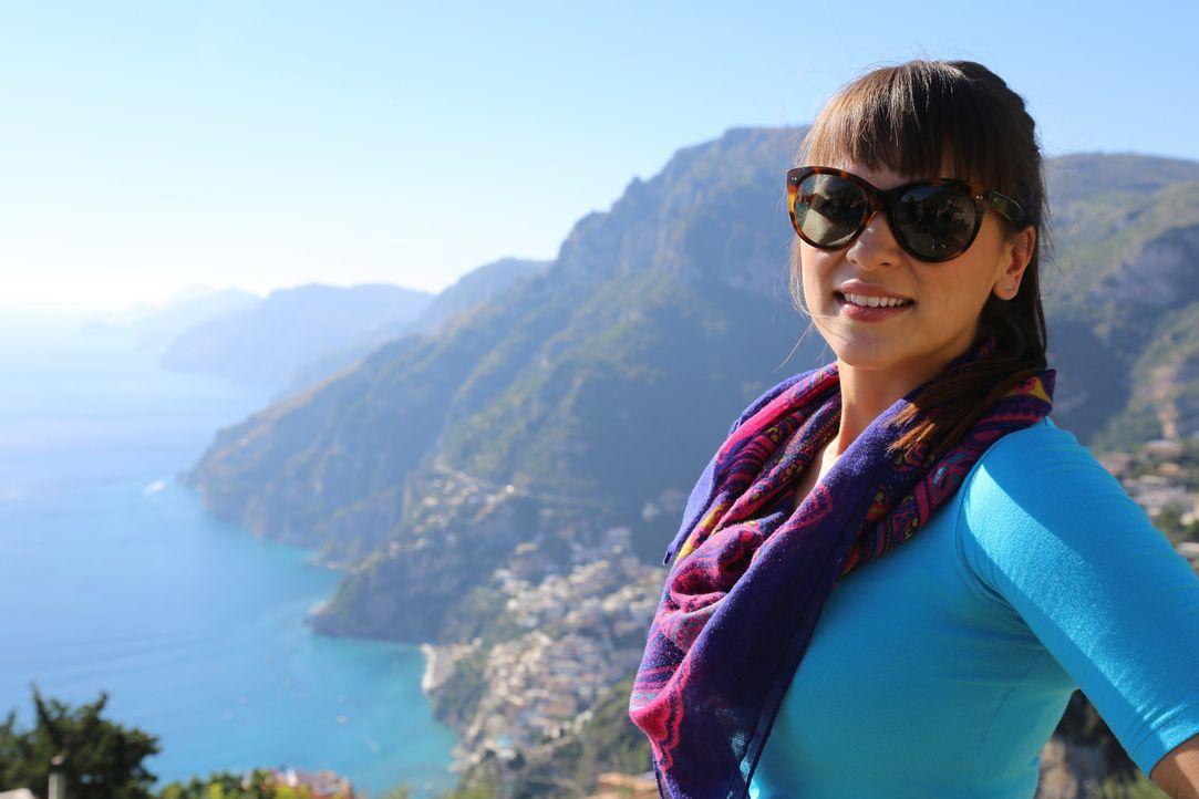 Die Schönheit der Amalfiküste nimmt Rachel voll und ganz in Beschlag ... - Bildquelle: Richard Hill BBC 2014