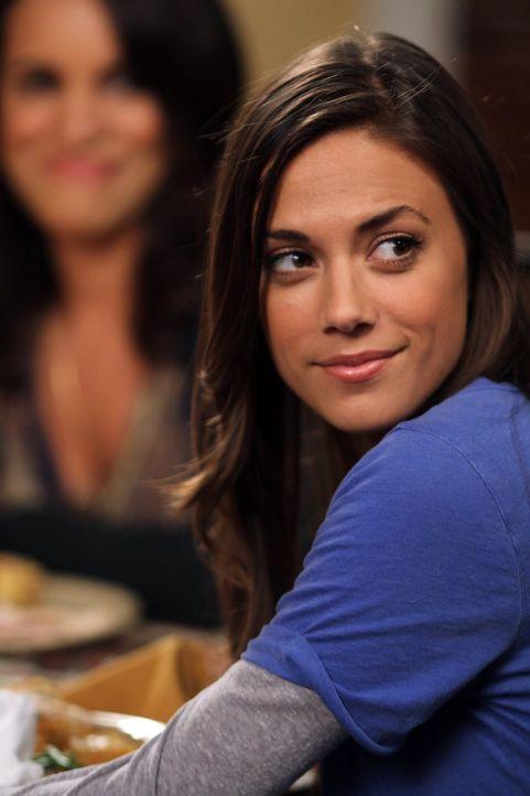 Alex (Jana Kramer) und Mia arrangieren sich: Chase soll sich endlich zwischen ihnen entscheiden ... - Bildquelle: Warner Bros. Pictures