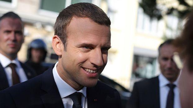 Frankreich hat gewählt: Macron bekommt absolute Mehrheit