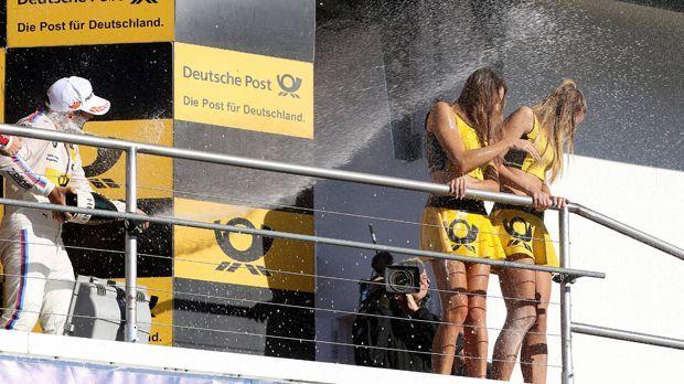 So sexy sind die Grid Girls in der DTM - Bildquelle: imago/Pakusch