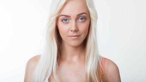 Sexy Julia Single 2014