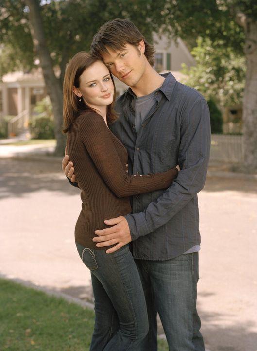 (5. Staffel) - Nachdem Rory (Alexis Bledel, l.) und Dean (Jared Padalecki, r.) im Bett gelandet sind, sorgt ein Gefühlschaos bei beiden für Probleme... - Bildquelle: 2004 Warner Bros.