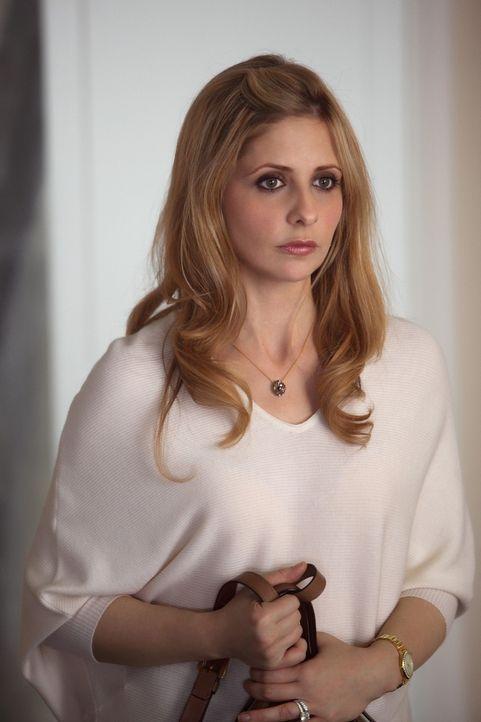 Bereut Bridget (Sarah Michelle Gellar), die Identität ihrer Zwillingsschwester angenommen zu haben? - Bildquelle: 2011 THE CW NETWORK, LLC. ALL RIGHTS RESERVED