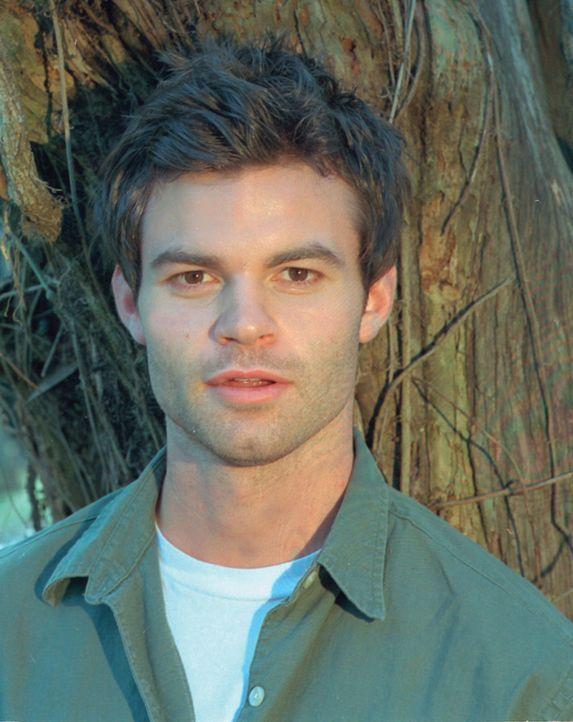 Nach einem erbitterten Kampf ums Überleben, gelingt es Mark (Daniel Gillies), aus den Fängen des Psychopaten zu entfliehen ... - Bildquelle: HSI Entertainment