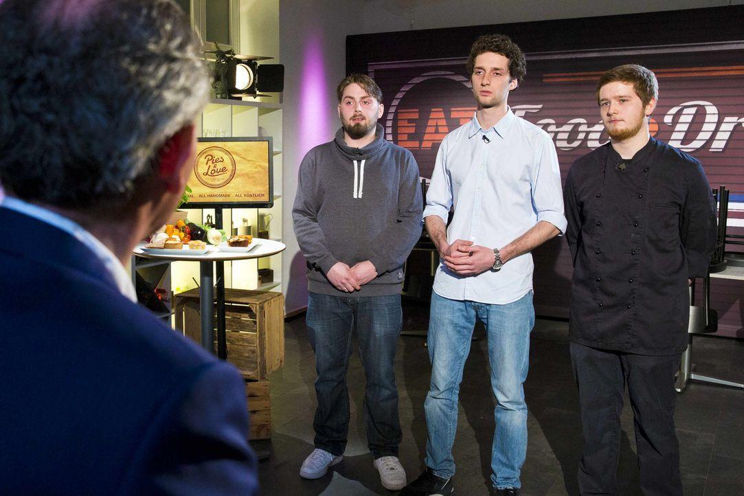 """Wie werden sich (v.l.n.r.) Timo, Robin und Manuel von """"Pies and Love"""" im Kampf um das Startkapital schlagen? - Bildquelle: Richard Hübner kabel eins"""