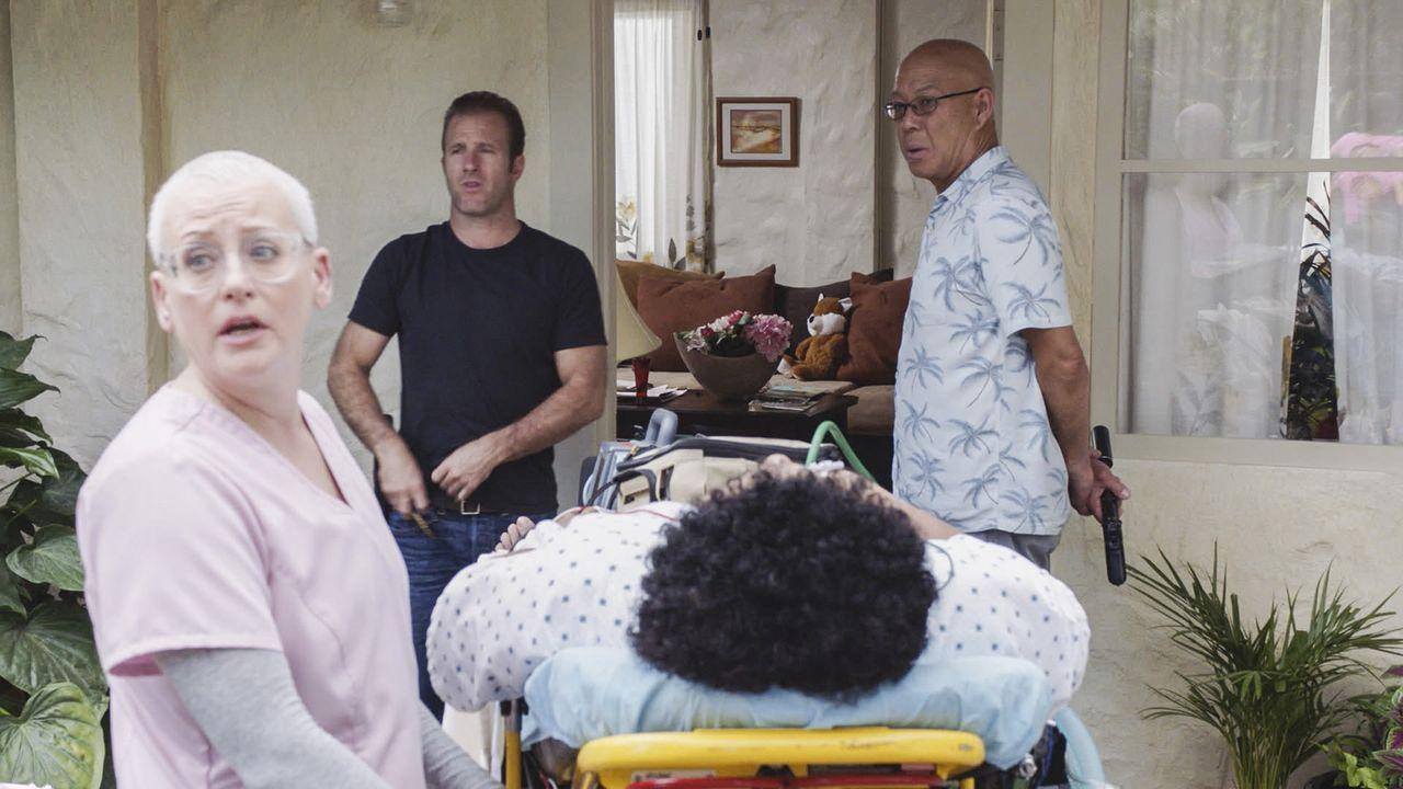 Hat die Aufgabe, einen Komapatienten, der in seinem letzten Fall im Hawaiian Police Department als Kronzeuge ausgesagt hat, zu beschützen: Danny (Sc... - Bildquelle: 2016 CBS Broadcasting, Inc. All Rights Reserved