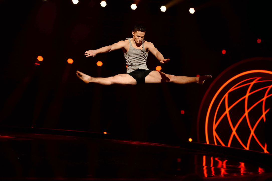 Got-To-Dance-Sergey-05-SAT1-ProSieben-Willi-Weber - Bildquelle: SAT.1/ProSieben/Willi Weber