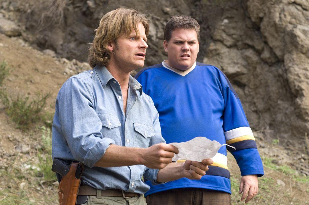 Müssen ihre Tiersendung retten und begeben sich deshalb auf die Suche nach Bigfoot: Peter (Steve Zahn, l.) und der Tierspezialist Bill Whitaker (Ke... - Bildquelle: Paramount Pictures