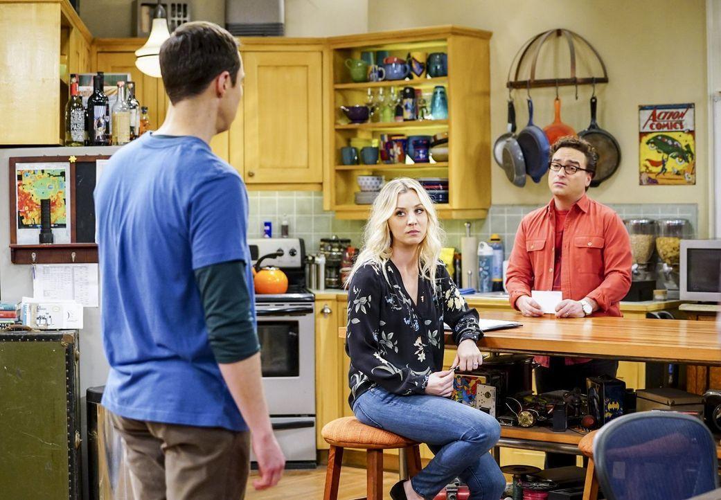 Sheldon (Jim Parsons, l.) stellt die Geduld von Penny (Kaley Cuoco, M.) und Leonard (Johnny Galecki, r.) gewaltig auf die Probe, als er als Untermie... - Bildquelle: Warner Bros. Television